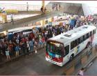 Greve de ônibus em Manaus prejudica usuários e sindicato ameaça paralização total a qualquer momento.
