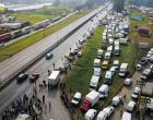 Greve dos caminhoneiros entra no 3º dia e causa reflexos no país
