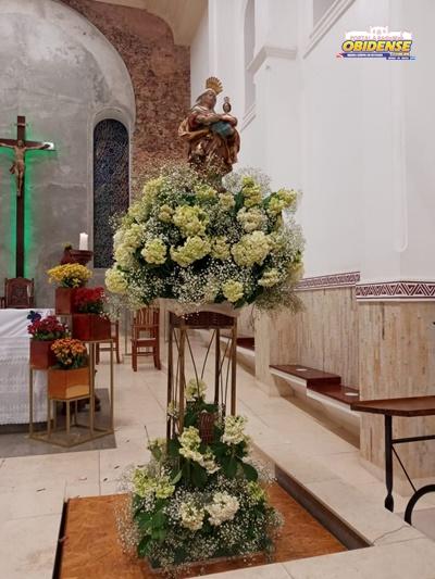 Imagem de Sant´Ana após a chegada na Catedral