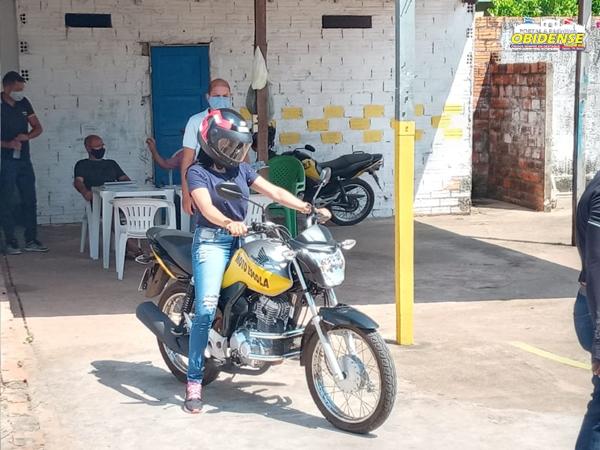 Alunos da cidade vizinha de Oriximiná prestarão provas teóricas na Escola Estadual de Ensino Médio Maurício Hamoy