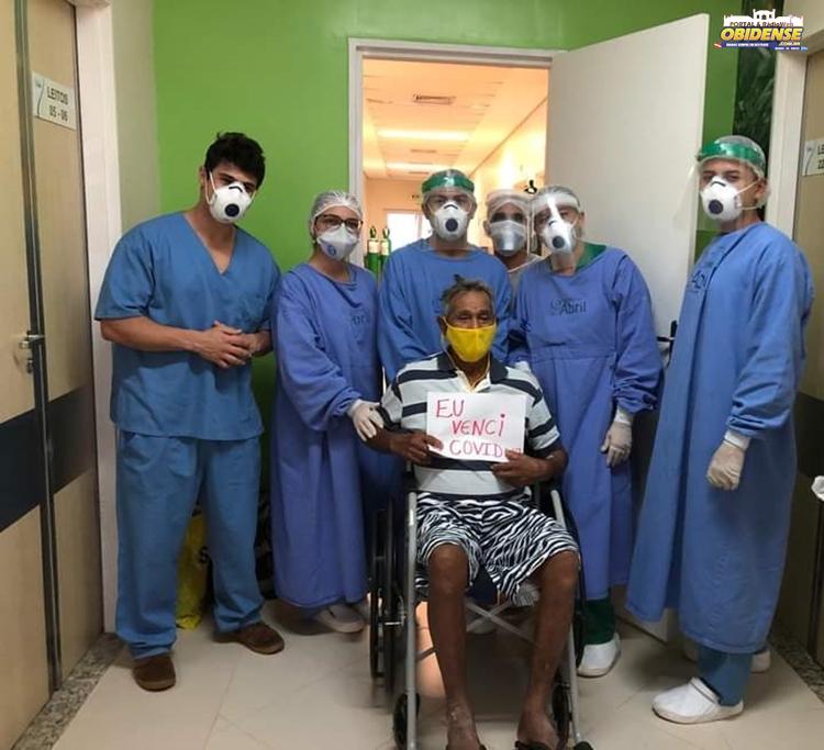 Médicos intensivistas - Hospital 9 de Abril