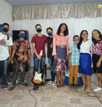 Igreja da comunidade do Curumu realiza live   Portal Obidense