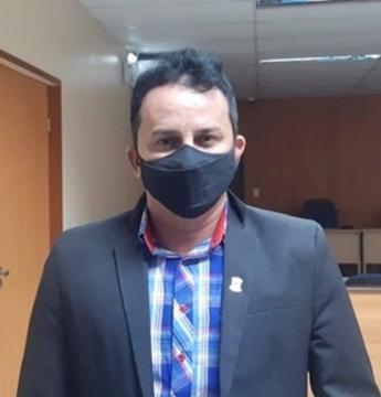 Vereador Rylder Afonso (PSD) pede desculpas aos professores do município obidense   Portal Obidense