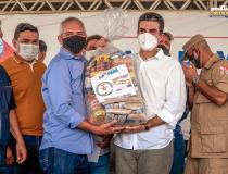 Prefeito Jaime Silva recebe do Governo do Estado 700 cestas básicas para Óbidos | Portal Obidense