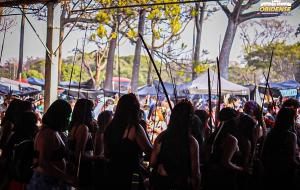 Participantes da Marcha das Mulheres Indígenas acompanham julgamento do 'marco temporal', na Funarte   Portal Obidense