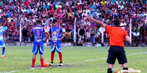 A tradicional Copa da Várzea e Terra Firme do município de Óbidos corre o risco de não acontecer em sua edição de 2017.