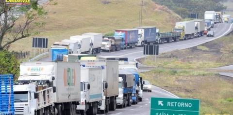 STF autoriza força; o que esperar da greve dos caminhoneiros neste sábado?