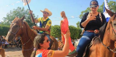Caminhada marcou o encerramento de mais uma edição da festividade do Sagrado Coração de Jesus em Óbidos.