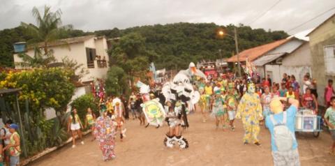 Bloco Serra da Escama irá invadir o corredor da folia nesta sexta-feira (01).