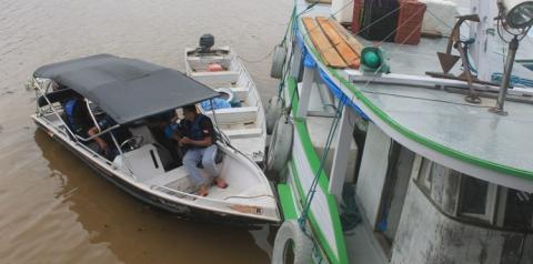 SEMMA apreende embarcação com carga de pescado protegido pelo defeso.