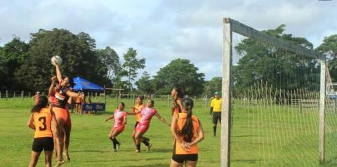 1ª edição da Copa Farmácia Vitória termina com festa na comunidade Santíssima Trindade