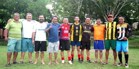 Após 25 anos integrantes do UPAF (União Paraense de Futebol) se reencontram no campo de futebol, palco de uma bela história