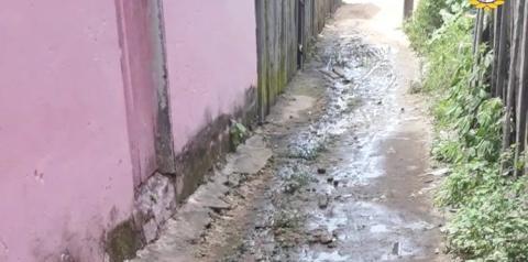 Caminho de lama. De novo no Beco Pauxis | Portal Obidense