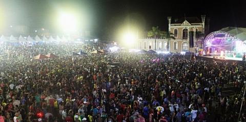 Óbidos, programação de aniversário tem Uendel Pinheiro   Portal Obidense