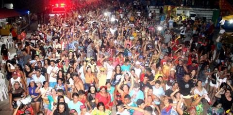 Domingo em Óbidos com pré-CarnaPauxis – Arrastão do Pai da Pinga | Portal Obidense