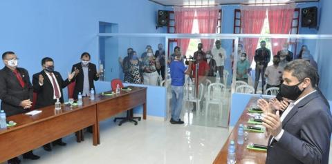 Câmara Municipal de Óbidos inaugura plenário, faz homenagem e entrega honraria | Portal Obidense