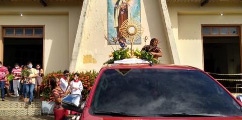 Procissão de Domingo de Ramos, abre a programação da semana santa na igreja católica em Óbidos | Portal Obidense