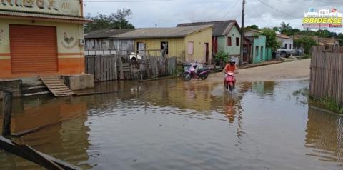 Ruas alagadas causam transtornos aos moradores do bairro de Lourdes | Portal Obidense