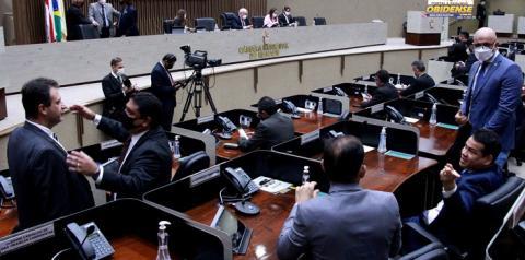 No retorno do recesso parlamentar, vereadores deliberam pauta com 25 projetos de lei   Portal Obidense