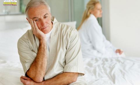 É muito comum ouvirmos falar em menopausa, mas você já ouviu falar em andropausa?