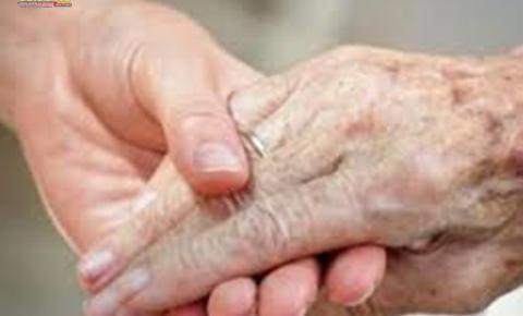 Neste artigo a autora fala resumidamente no direito do idoso em relação a saúde e suas adaptações.