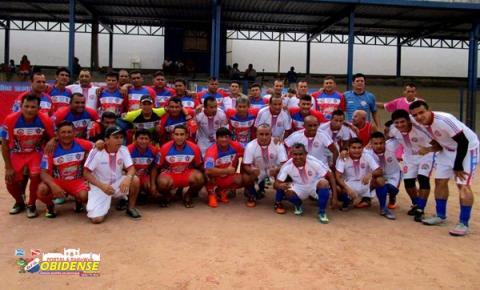 Em Manaus filhos de Óbidos residentes em Manaus receberam obidenses vindo de Óbidos.