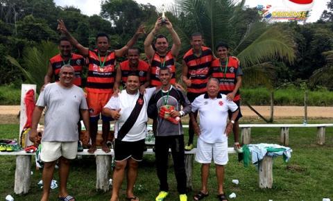 Tradicional jogo de confraternização entre torcedores de Flamengo x Vasco e Palmeiras x Corinthians.