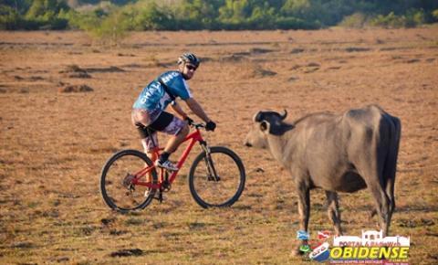Maratona de mountain bike reúne ciclistas do Norte e Nordeste no Marajó