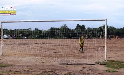 Elinaldo da equipe do Nascente, lidera a artilharia do Pauxizão, mas é seguindo por 5 atletas com fome de gol.