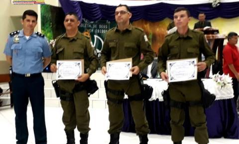 29a CIPM – Óbidos, entregou medalha Tiradentes, diplomas e certificado de promoção de oficiais e praças.