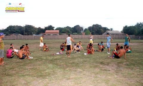 Seleção de Curuá realiza treino técnico-tático visando amistoso preparatório contra seleção de Mujui dos campos neste domingo.