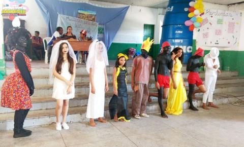 Em apenas uma semana dois grandes eventos foram realizados na escola, desta vez a riqueza do folclore brasileiro.