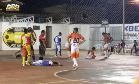 Campeonato de futebol de salão realizada na quadra de esporte do Clube Vila Nova no bairro da Cidade Nova