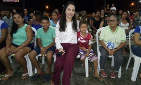 Juíza de Oriximiná faz trabalho social em comunidade na orientação e prevenção sobre violência, violência doméstica e drogas.