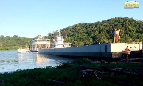 Nesta quinta-feira (28) chegou na cidade de Oriximiná a balsa que vai compor o porto flutuante que é um sonho de todos no município