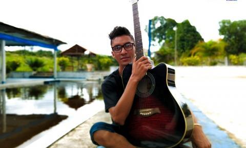 Artista e filho de Oriximiná, faz música a padroeira dos obidenses e é classificado para participar do FEMUSA