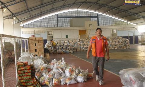 Mantimentos para ajuda humanitária após decreto de estado de emergência chegam a Óbidos.