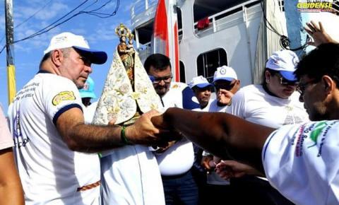 A comunidade católica de Oriximiná recebe a imagem peregrina de Nossa Senhora de Nazaré