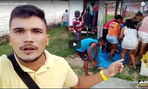Nosso repórter Elton Pereira foi até o bairro de Fátima, onde estava sendo distribuído os pescados aprendidos pela PF