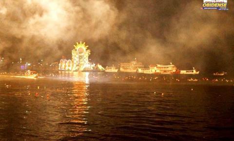 Fé e muita devoção marcaram mais uma edição do maior círio fluvial noturno do mundo no município de Oriximiná.