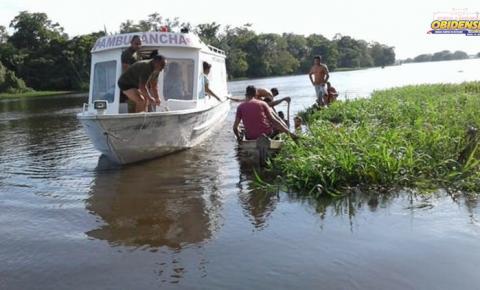 Uma embarcação de pescadores naufragou, por volta das 16h de segunda-feira (20), no rio Curuá, município Curuá, no oeste do Pará.