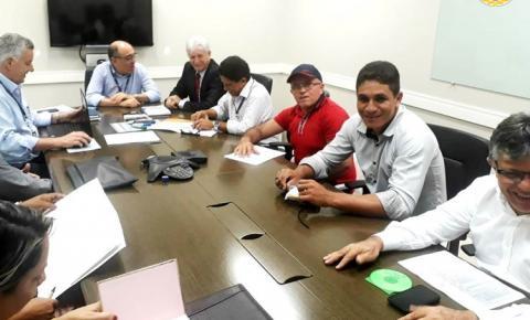 Vice-prefeito de Óbidos esteve em Belém discutindo demandas do setor de energia da calha norte.