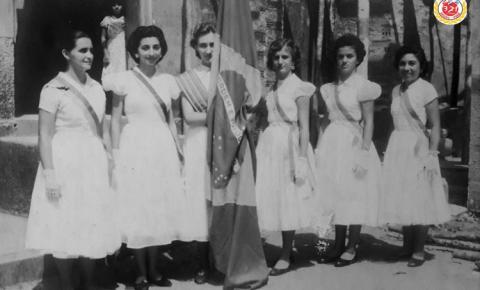 Pelotão de honra à Bandeira Nacional na cidade de Óbidos