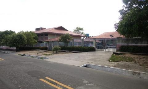 Desavença entre alunos, termina em esfaqueamento dentro de escola em Oriximiná.