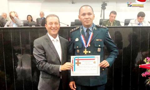 Major da polícia militar de Oriximiná recebe a mais alta homenagem outorgada pela ALEPA