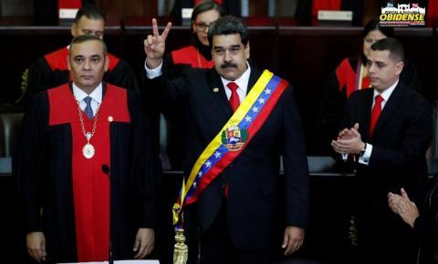 Nicolás Maduro toma posse em seu segundo mandato como presidente da Venezuela