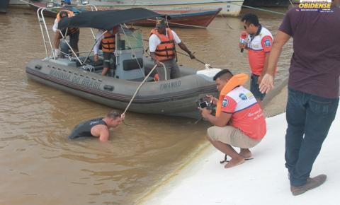 Portal Obidense transmite ao vivo uma espécie de Reality show da travessia a nado no rio Amazonas em frete a cidade de Óbidos – PA.