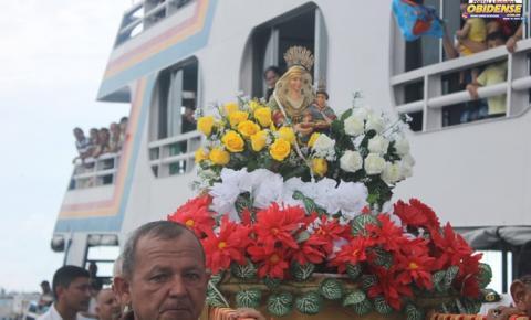 Diretores do Obidense FC abraçam Sant´Ana peregrina e organizarão a peregrinação na capital do Amazonas.