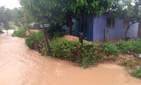 Chuva causa transtornos em diferentes pontos da cidade de Óbidos.