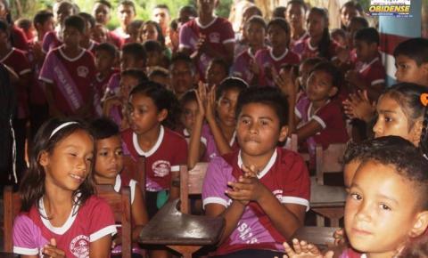 Escola São Sebastião na comunidade Castanhanduba recebe autorização de regularidade e credenciamento para emitir certificado escolar